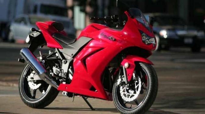 Inilah 6 Sepeda Motor 250 CC Favorit Kaum Muda - http://www.gaptekupdate.com/2014/06/inilah-6-sepeda-motor-250-cc-favorit-kaum-muda/