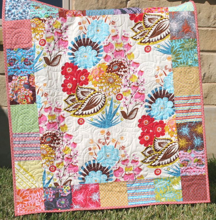 Quilt Pattern Using Focus Fabric : 65 best Panel quilts images on Pinterest Pointe shoes, Comforters and Quilt patterns