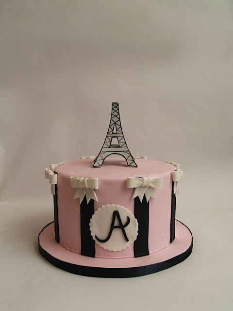 I Need Ideas For Decorating My Living Room: 25+ Best Images About Torre Eiffel Cake On Pinterest