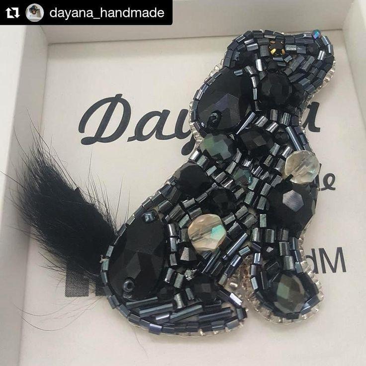 #Repost @dayana_handmade (@get_repost) ・・・ #brooch #dog #broochdog #handmadebrooch #crystal #beadsbrooch #fashionbrooch #jewelry #inspiration #DayanaHandM #happynewyear #marycrismas