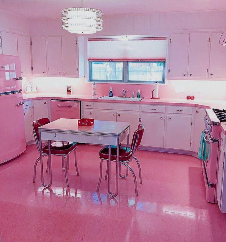 даже розовая кухня в аренду для фотосессии чем оказаться