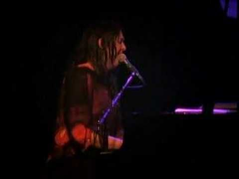 Antony and the Johnsons - Hope theres someone, live - YouTube