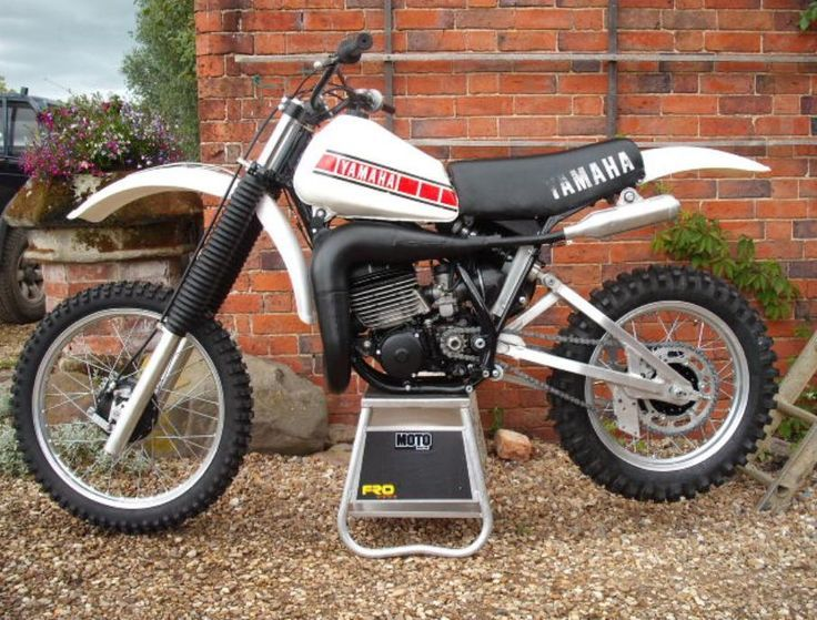 1000+ ideas about 125 Dirt Bike on Pinterest | Yamaha 125, Dirt ...