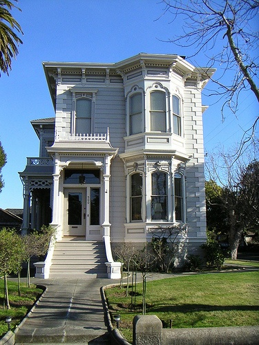 Victorian in Alameda, Ca.   by rogthefrog, via Flickr: Favorite Victorian, Victorian House, Houses Castles Church, Fabulous Victorian, House Ideas, Victorian Home, Victorian Italian, House Castles Church, Photos Shared