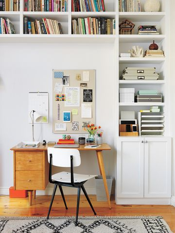 10 Things to Toss From Your Family Command Center in the Next 10 Minutes   Want a quick and easy decluttering project to cross off your list? Transform this drop zone into a streamlined, orderly space by getting rid of (or cutting down on) the items listed below.