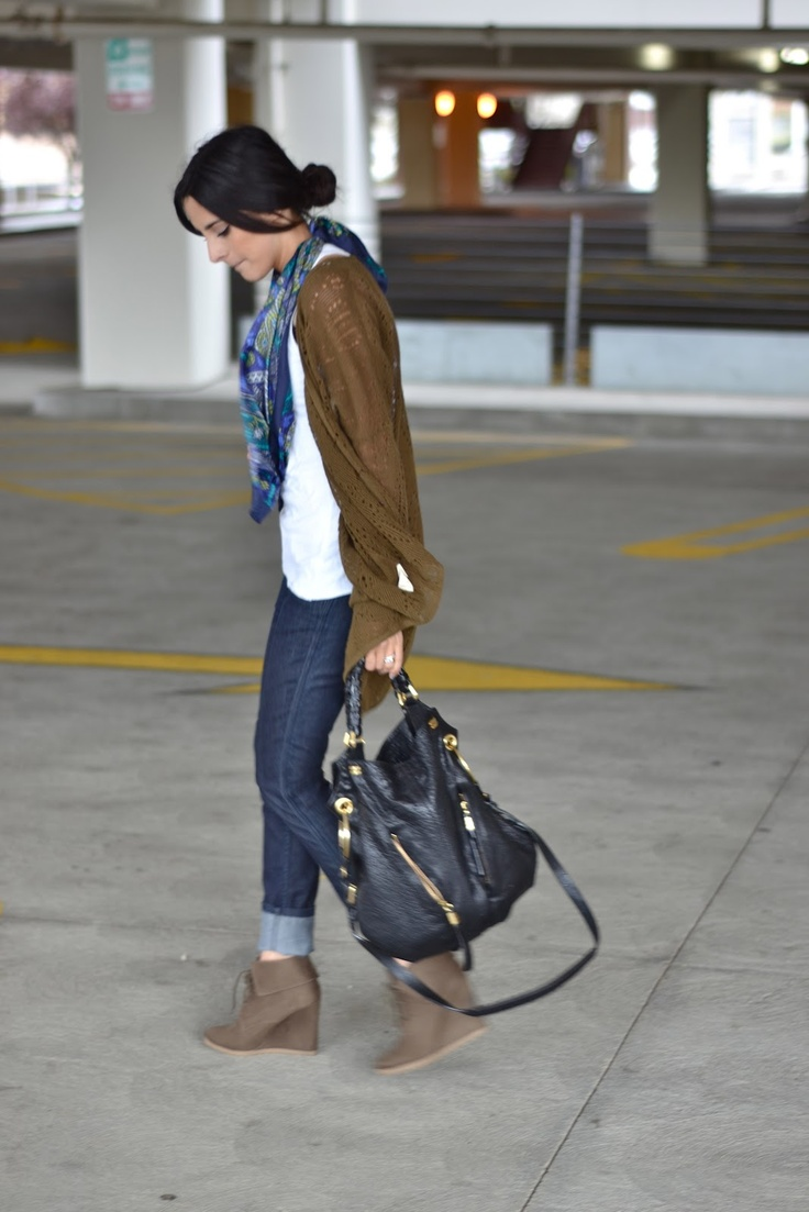 cuffed jeans, white t-shirt, cardigan, mosaic scarf, nude wedge booties