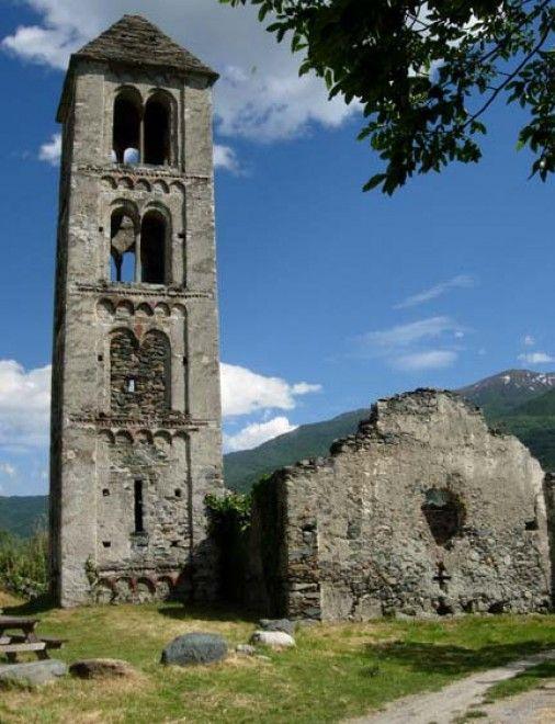 chiese abbandonate  S. Pietro di Chianocco Piemonte - Italia