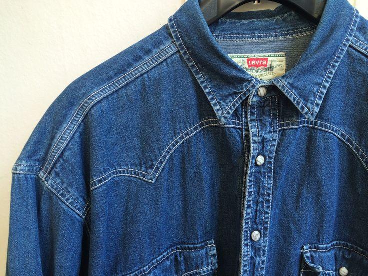 Levi's shirt, levis jeans shirt, blue jeans shirt, levis mens shirt, 80s levis shirt, 90s levis shirt, grunge shirt, button down levis shirt door VintageVicenti op Etsy
