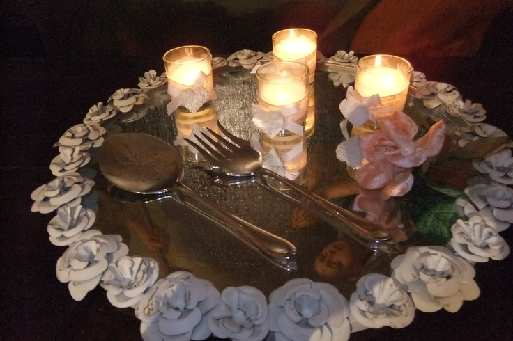 Specchio con ghirlanda di fiori