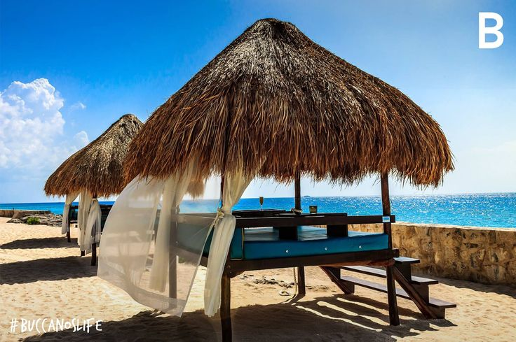 If you want to relax, we have incredible spots in front of the sea. #BuccanosLife