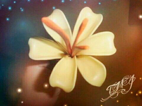 Balloon fantasy flower made by TMJcreative. Különleges lufi virág minden alkalomra.