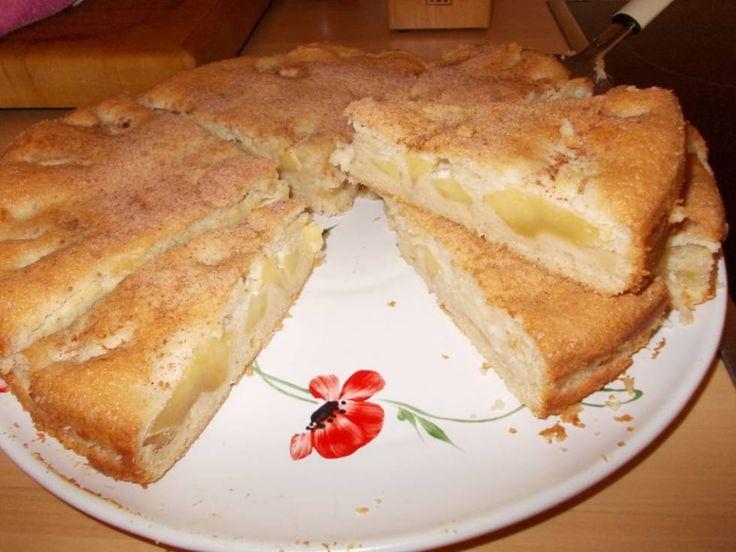 Italiaanse Appel-Amaretto-taart Met Amandelschuim recept | Smulweb.nl