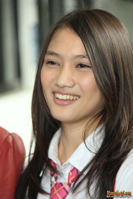 Para personel JKT48 mengakui bahwa mereka sempat terkejut dengan adanya audisi generasi 2.