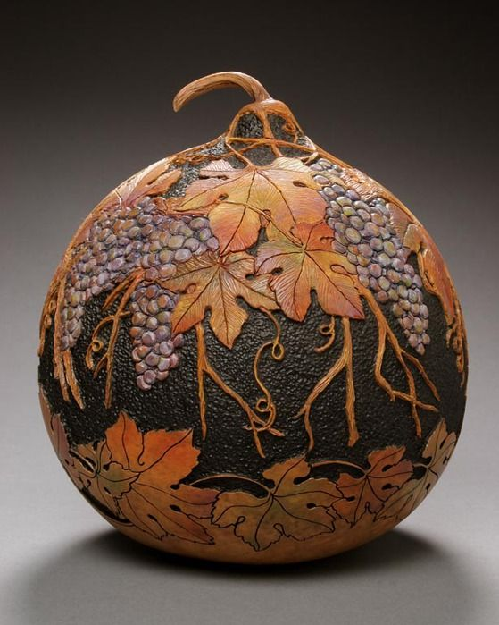 Gourd carving by Marilyn Sunderland: amazing art!