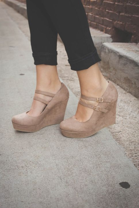 These nude wedges are perfect for any dress and super comfortable! * Suede exterior * Low platform wedge * Two straps with gold buckles * Top buckle functional, bottom buckle is decorative with velcro