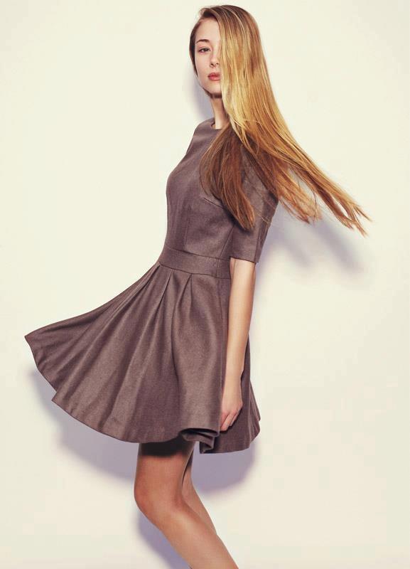 Heavyweight wool dress by búl