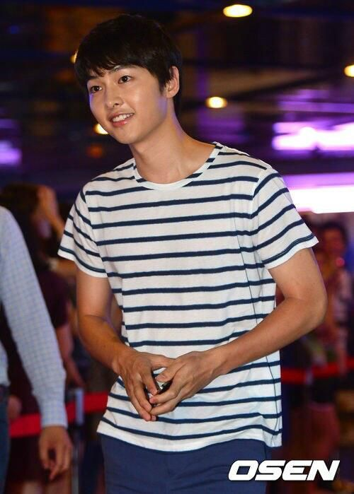 Song Joong Ki at Cold Eyes movie premiere *6