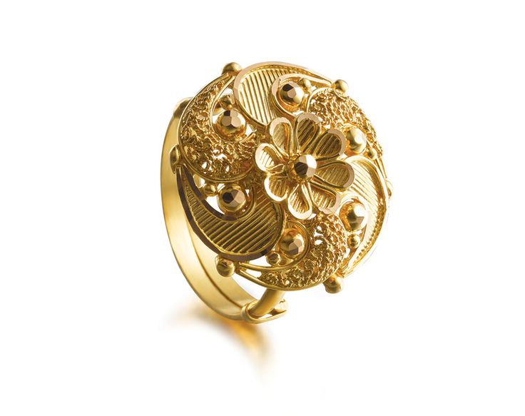 Would love to wear Tanishq's motif ring to my wedding