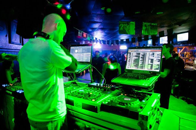 Want to organise a #party and wish to really get it grooving with fun, enjoyment and laughter? Melbourne #DJ hire is the right place for you. For more information, visit: