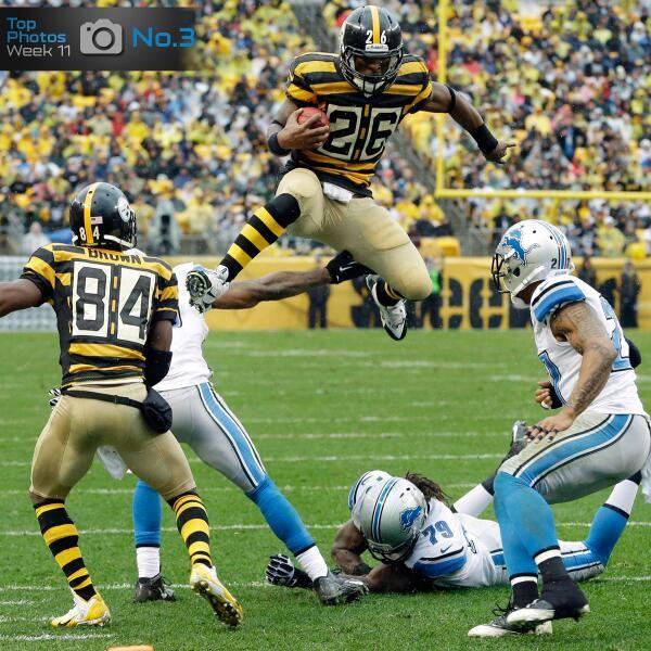 Via NFL - Bumblebees flying