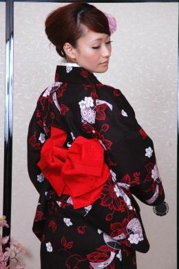 Kimono Yukata marché sakura / Yukata kimono pour les femmes