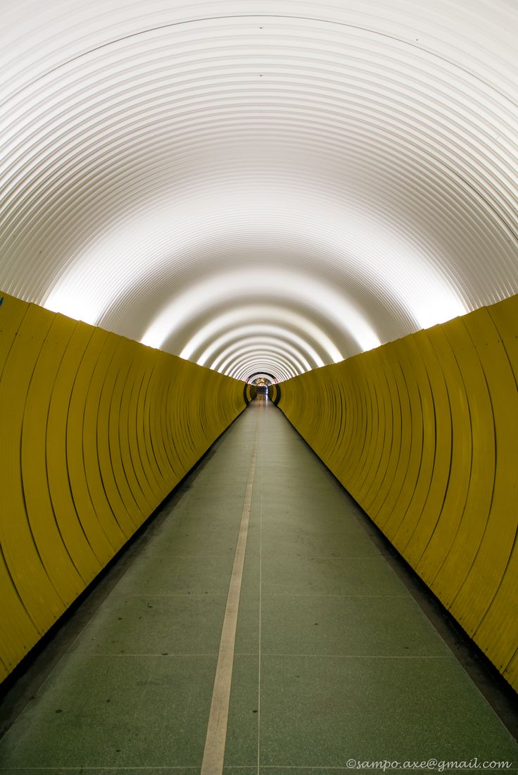 Brunkebergstunneln, Stockholm. Photo: Sampo Axelsson.  #stockholm #sweden #architecture #tunnel #photography #sampo