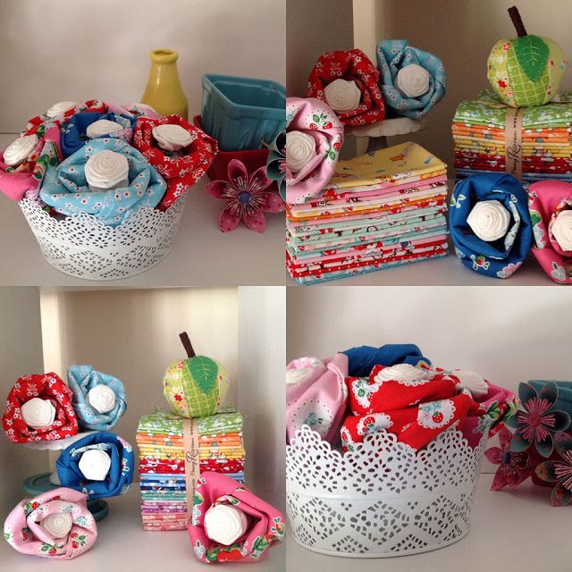 No sew flowers that hide a spool of thread in the middle - fun gift idea! #iloverileyblake #fabricismyfun