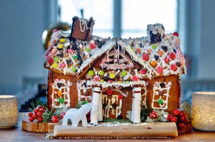 Alla i familjen får sitt namn på varsin pepparkaka - jul efter jul efter jul. Satsen ger 300 st små pepparkakor.
