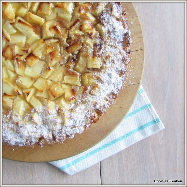 Een overheerlijke recept uit Bakboek de klassiekers, lekker voor bijvoorbeeld Sinterklaas: een appelspeculaasflan, lekker lekker!