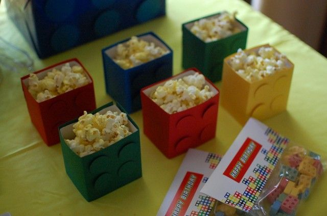 Lego party popcorn boxes and toppers