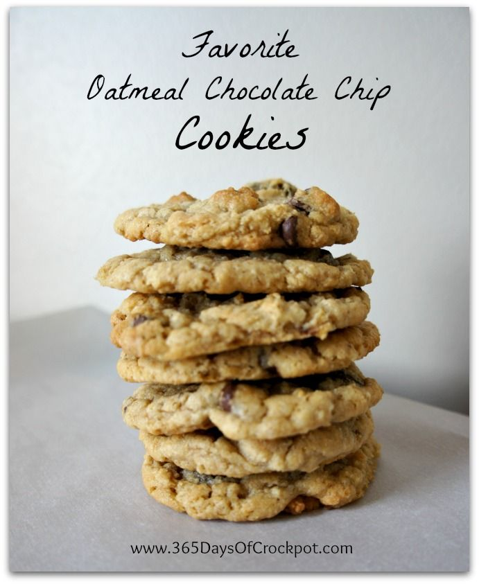 My absolute favorite oatmeal chocolate chip cookies...I could eat the dough all by myself. YUM! #cookies #oatmeal #chocolatechips