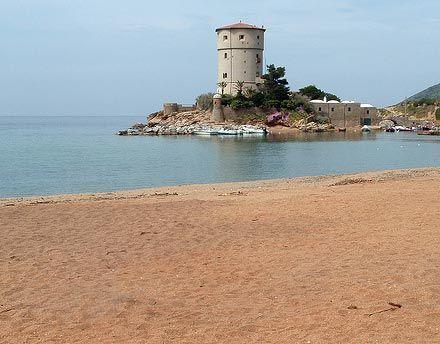 The beautiful beach of #Isola del Giglio