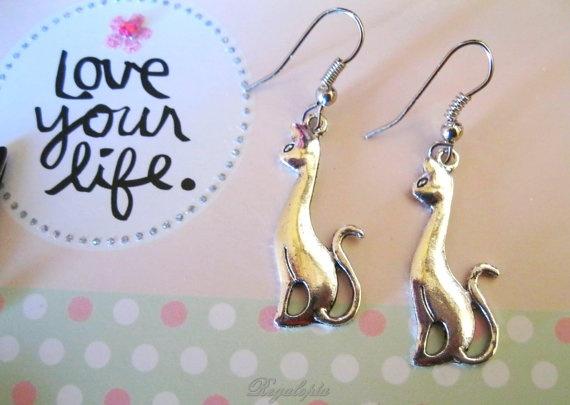 kitty earrings / Pendientes Gato por Regalopia en Etsy, €5.00