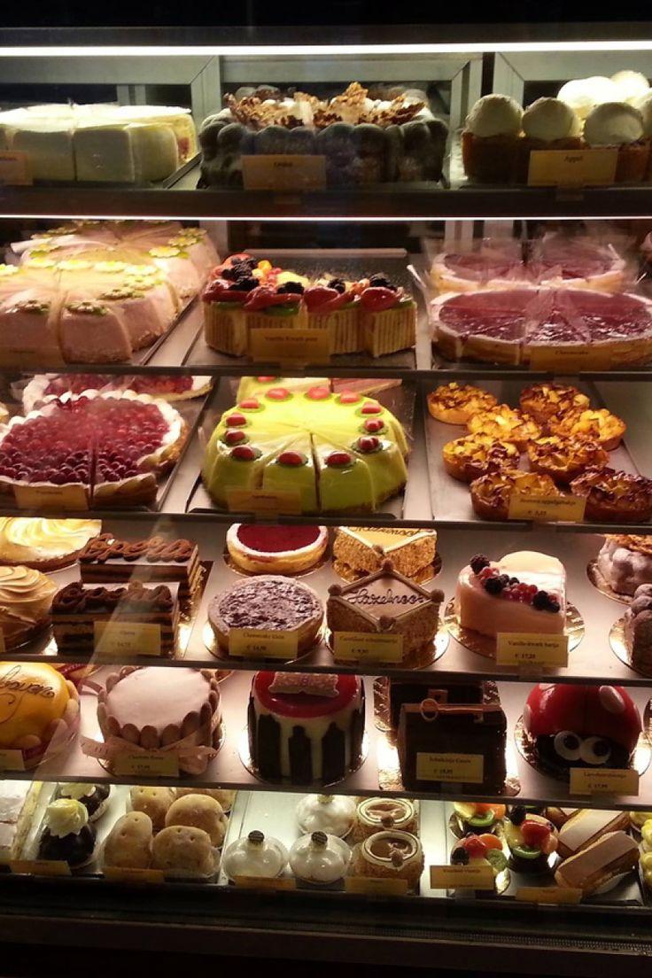 Er zijn van die dagen dat koffie alleen niet volstaat. Deze patissiers en koekenbakkers in Amsterdam verzorgen je fix.