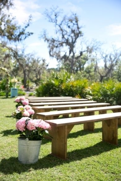 This Outdoor Ceremony Keeps Things Simple And Chic With