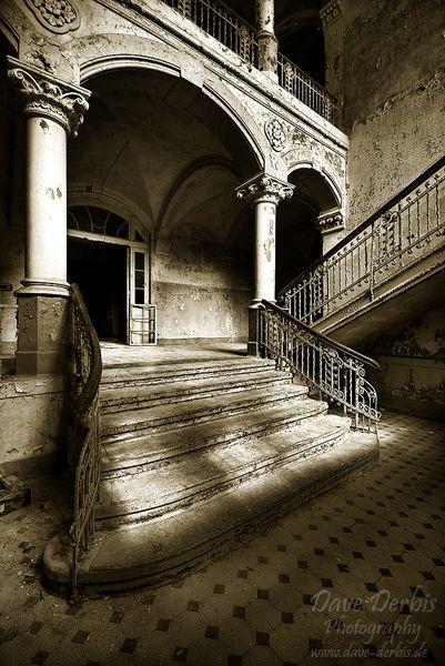 Inside Old Abandoned Mansions   beelitz, surgery, sanatorium, abandoned, old, interior, house ...