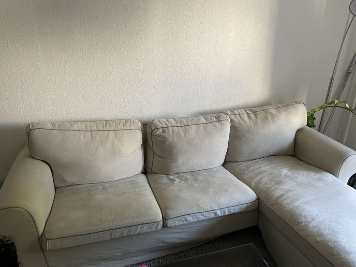 Couch, Sofa, Ektorp (Ikea) in Berlin - Friedrichshain
