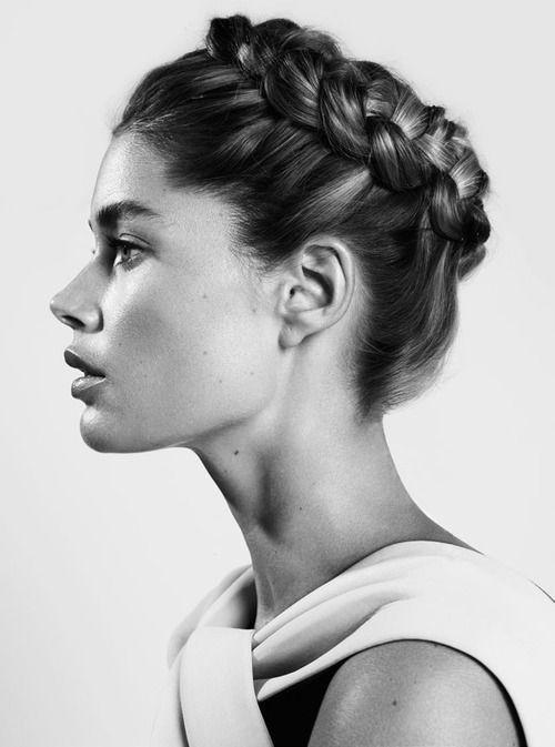 Hairstyle Inspiration: Braid #blackandwhite #hair #beauty
