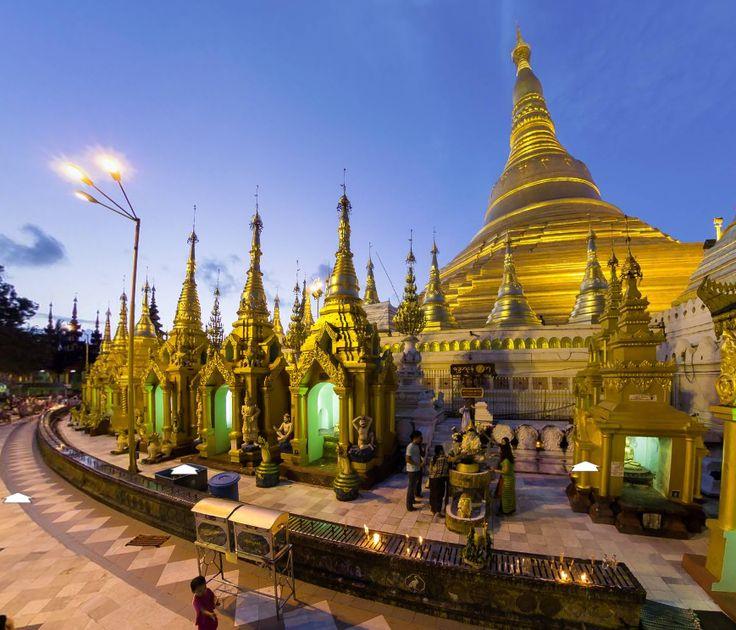 Shwedagon Paya by You Changyeol http://www.360cities.net/image/shwedagon-paya-night-view1#-374.62,0.00,129.0