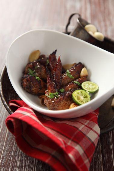Baked Chicken Wings #bakerzin #bakerzinjkt #smallbites