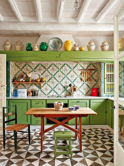 This House In Seville Combines True Rustic Charm A Love Of Architecture Color And Character With A Splash Of History Thrown In Such A Nice Colorful House