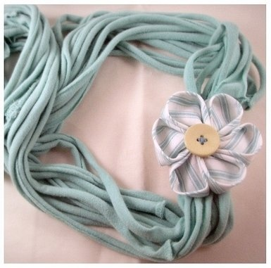 Upcycling Clothing into Jewelry