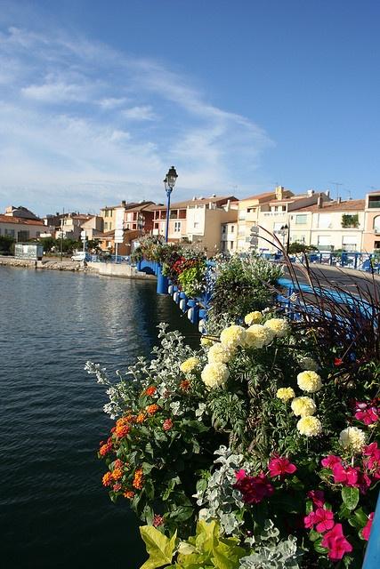 Ville de Martigues by kenwood, via Flickr