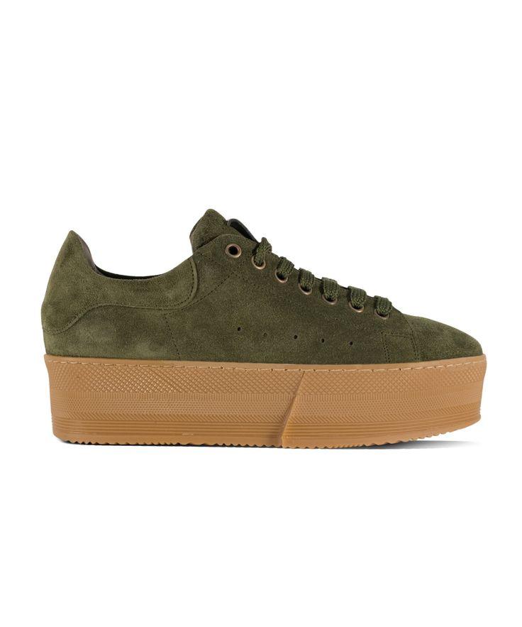 GRUMMAN sneaker for comy & stylish walks... Khaki