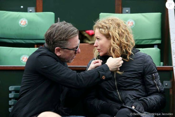 Tim Roth & his Wife at The french open at Roland Garros ...