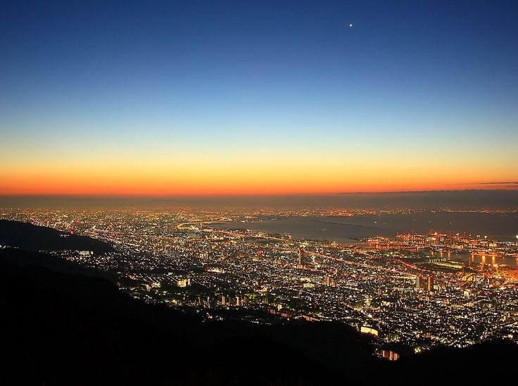 KOBE | The Million-dollar Night View  神戸夜景 摩耶山より  http://feel-kobe.jp/_en/night/