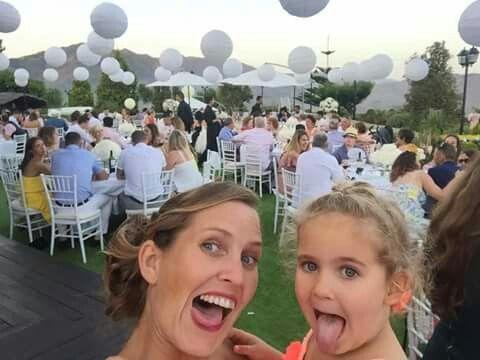 Guest selfie. #wedding #outdoor #lanterns