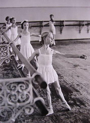 henri cartier-bresson:  moscow 1954