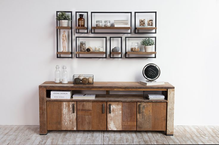 The SHELFMATE concept allows you to choose the modules that exactly match the objects you want to display. A practical and beautiful home solution from d-Bodhi!