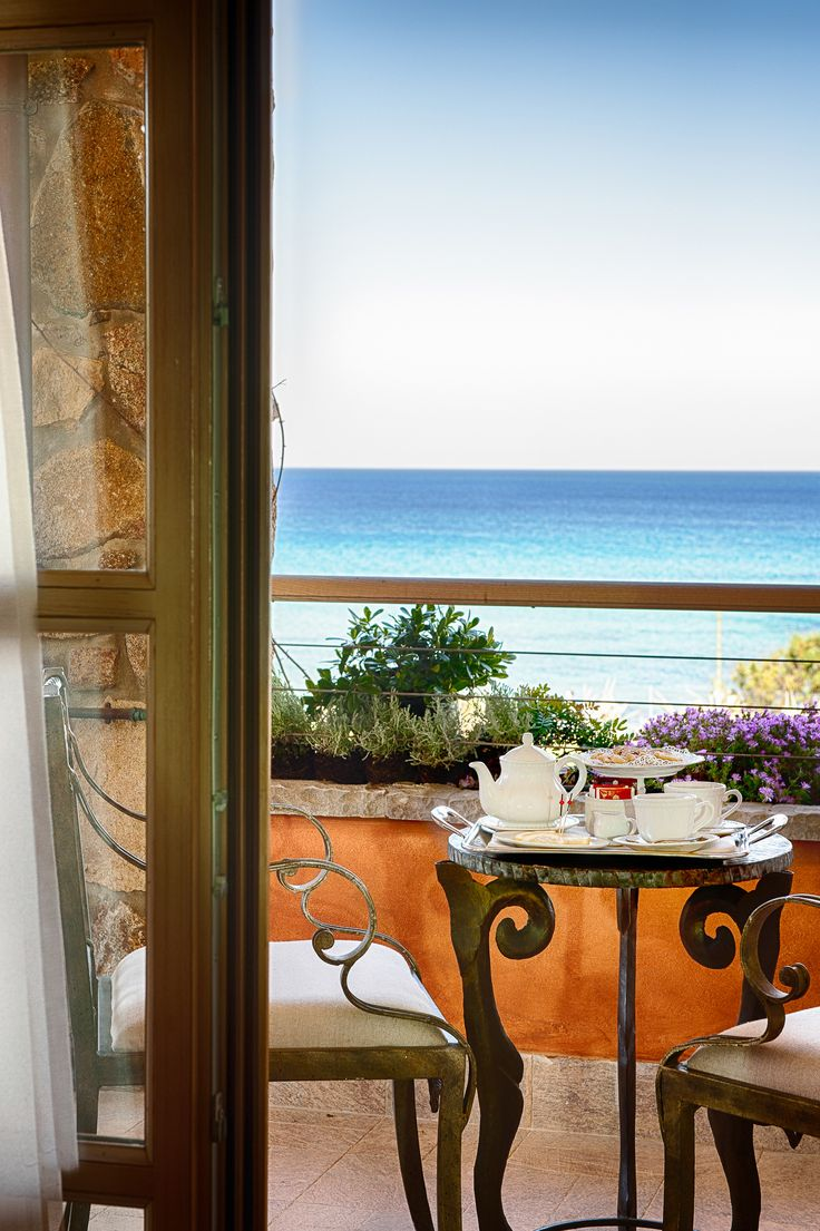Breakfast served on the balcony of the #superior #sea #view #lavilladelre #hotel #costarei #sardegna #italy